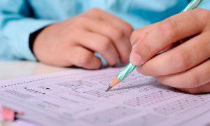 Comparativa entre estudiar exámenes Específicos y ómnibus de oposiciones